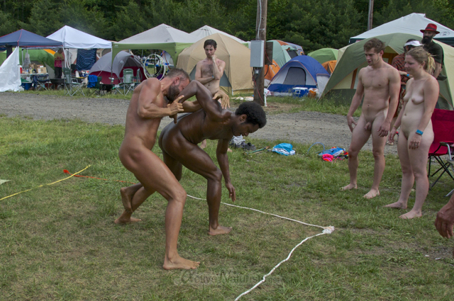 Nudist Camp Festival Fotos